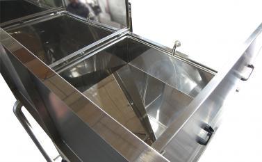 Washing tanks